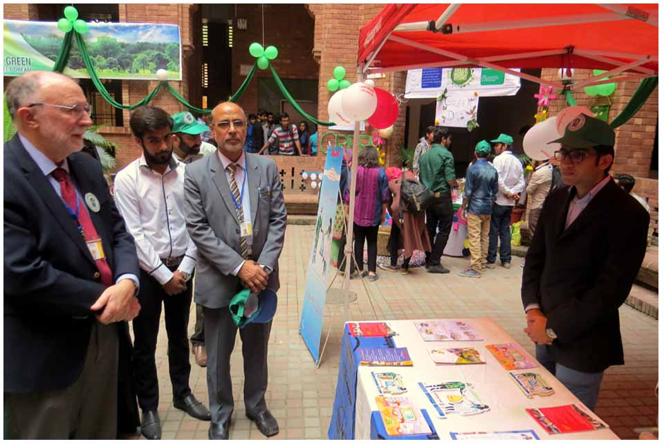 A Green Day was celebrated at FC College as a joint venture on Nov 14 to promote the Green Chemistry.